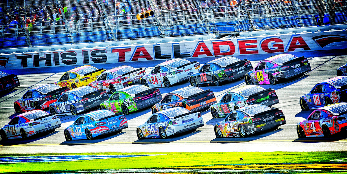 And with that...  (•_•) <)  )╯IT'S  /   \  \(•_•)  (  (>  TALLADEGA  /   \   (•_•) <)  )>  WEEK!!!!  /   \  #GEICO500 http://t.co/NjHWMfV6Up