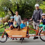 Some families ditch cars for cargo bikes http://t.co/NB86NvQoHY http://t.co/wd9EdoYBdU