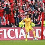 Júlio César tornou-se no segundo guarda-redes do Benfica a não sofrer golos nos dois clássicos da Liga numa época. http://t.co/WVObHJfrhL