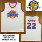 """A MiLB team co-owned by Bill Murray gave away 1,000 """"Space Jam"""" jerseys http://t.co/ueavHqtWRo http://t.co/sz5oGkaz7b"""