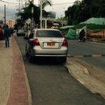 @PoliciaPopayan, ¿desde cuándo las ciclovías de #Popayán son parqueadero? Dense una pasadita por Pomona. @PopayanCO http://t.co/SfnXi4qgal
