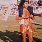 Una de las vueltas olímpicas con mi padre jaja Cuando Cobresal ganó 2-0 a Cobreloa y clasificó a la Libertadores http://t.co/D4k4U3m3AF