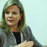 Gleisi Hoffmann nega ter recebido dinheiro de ex-diretor da Petrobras. http://t.co/jYYyIT4nlv http://t.co/yPoEASr0jw