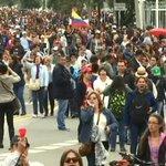 Profesores preparan gran concentración este lunes en Bogotá. http://t.co/nahmC61yG4 http://t.co/5a0DH2UHYi