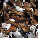 Veja imagens da vitória do Vasco sobre o Botafogo: http://t.co/u9PS1ZlgLX http://t.co/8rmnMYV1nS