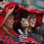 Dbacks lose 8-0, but the fans like Julia and Terri were treated to rain inside Chase. #protectthebeer http://t.co/m46mfpgku2