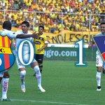Victoria alba en el Monumental, Liga de Quito mantiene su invicto y es puntero de la tabla http://t.co/NntnIZyuTD http://t.co/kCJ7I2ANwk