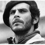 Carlos Pizarro León Gómez en este momento. En memoria de MI AMIGO CAIDO POR LOS ENEMIGOS DE LA PAZ. @SenalColombia http://t.co/GBwUCasHKy