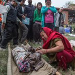 The death toll in earthquake that struck Nepal rises to 3,218, official says. http://t.co/c0JhbgX6lJ http://t.co/zAqDuxnaIG