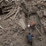 """Over 3,200 people dead & 6500 injured from 7.9 Earthquake that hit Nepal. Pray for Nepal #SriLanka #LKA #earthquake http://t.co/L0Y4E3pXIH"""""""