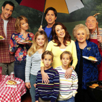 """""""Everybody Loves Raymond"""" star dies from apparent suicide http://t.co/LcQVeWtArW http://t.co/Fhf5trJA54"""