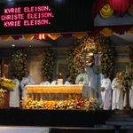 Ninth day #450kaplag novena mass with Manila Archbishop Luis Antonio Tagle ongoing @sunstarcebu http://t.co/SiSqeG24lF