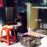 Semoga Allah permudahkan urusan mu dik insyallah, doa abg kaya cepat insyallah abg p tolong hang na. http://t.co/SgjgcAs148
