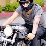 HARRY RIDING A BIKE IS THE HOTTEST THING EVER HE MAKES IT LOOK SO ATTRACTIVE AND HOT #BestFandomCA2015 Directioners http://t.co/m6ivwmNjqs
