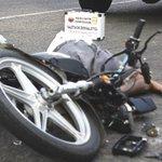 Accidente en moto dejó un fallecido y dos heridos. http://t.co/GLWUjxYir9 #SucesosCDC http://t.co/DQ45ahhVpr