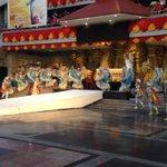 The Sandiego Dance troupe offer a traditional Sinulog Dance after the #450kaplag reenactment @sunstarcebu http://t.co/lOf29XDdF5