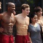 """Abercrombie dit adieu à ses mannequins bodybuildés. @Glowna le chômage te guette alors ?;) http://t.co/ZMRNSPbPFV http://t.co/OpCCLKJwlf"""""""