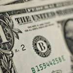 Dólar cai a R$ 2,926. http://t.co/8NFZEPGhZc http://t.co/AXlAgYWqwG