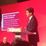 Great to see @Ed_Miliband announce new @UKLabour pledge on housing today in Stockton South http://t.co/wuEOlvLPHN