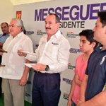 Hoy se adhieren al proyecto de recuperación de #Cuernavaca ex integrantes de la CNOP, encabezados por Víctor Román http://t.co/guPBYQ85IS