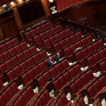 #Italicum alla Camera, aula vuota: solo 20 deputati per la discussione LE FOTO: http://t.co/oFdMWfqpKa http://t.co/D8WQFW4UhB