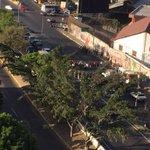 via @jguerrero53: en estos momentos trancan de nuevo la autopista Caracas la guaira http://t.co/rl978VgfWK #Vargas