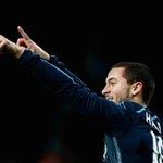 Eden Hazard claimed the PFAs Player of the Year award http://t.co/y9BLO2ui6o #SSFootball http://t.co/icAzUny0Gm