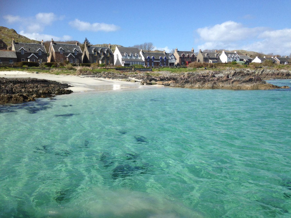 @welcomescotland Arriving on Iona on Saturday, so beautiful. #Scotland #Iona #IslandHopping http://t.co/wOlYdSYqvM