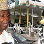 I didn't collect money from Diezani Madueke to fund Buhari's campaign — Bukola Saraki http://t.co/jVZ47npgrJ http://t.co/3FeMG7ta5Q