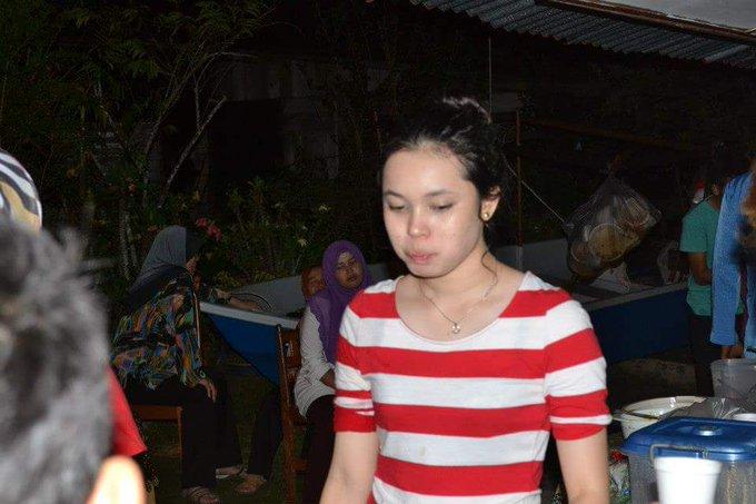 Happy belated birthday to my cousin Kaka yg ke-23 eh? Ke yg 32??  sorry lambat