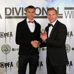 PFA Chairman @ritchiehumphs presents @dele_alli36 with his PFA Divisional Winner award. Congrats Dele! #PFAawards http://t.co/L0g7y7Tqn2