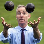 This is two bowling balls desperately fleeing from Jim Murphy. #SexySocialism #VoteSNPgetSexy #GE2015 http://t.co/49ABIxpxt6