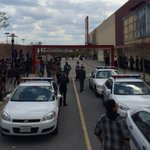 Riot fears prompt closure of Baltimore mall after Freddie Gray funeral http://t.co/aqLfVbMoAm http://t.co/MLprscg7Wk