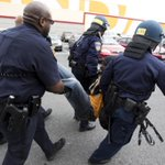 Latest on police-custody death in Baltimore: Officer injured at mall riot : http://t.co/zOKBZYlUup #FreddieGray http://t.co/Q08w5gJ3IX