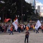 TEMPO REAL: Professores em greve protestam no PR. http://t.co/kEGyg8FWKp #G1 http://t.co/BOAljoq5Uq
