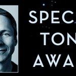 A Special @TheTonyAwards for John Cameron Mitchell! #JCM @HedwigOnBway Info: http://t.co/Wj4NcNGauS http://t.co/GMjmr4dtEp