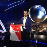 RT ce message et tentez de gagner le maillot dédicacé de @aymen_abdennour / Follow @beinsports_FR pour jouer #LECLUB http://t.co/FMyZb0ojhv