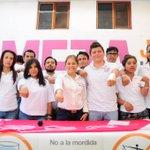 """Y las empresas destinan el 10 por ciento de sus ingresos a sobornos y """"comisiones"""". #JuntosLogramosMás #Morelos http://t.co/sOif6AupnN"""