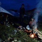 #Népal: les sinistrés du séisme fuient en masse Katmandou, le bilan salourdit http://t.co/woZFyDL2m8 http://t.co/IKbOin7qFc #AFP