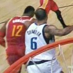 Full video of Mavericks center Tyson Chandler throwing a punch at the back of Dwight Howard. http://t.co/44twaGh1Yi http://t.co/znMZOZ7RnJ