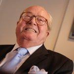 Jean-Marie Le Pen aurait placé de largent en Suisse http://t.co/B2lI6F0sWA http://t.co/5kziUBh6II