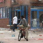 #BaltimoreRiots: CVS got employees out of store just before looting and fire http://t.co/dHLP73kopT By @KatieLobosco http://t.co/BXePZ8p1YZ
