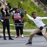 Violent protests spread across Baltimore. @baltimoresun liveblog coverage: http://t.co/RiQYnHGotu http://t.co/nlMOVq33id