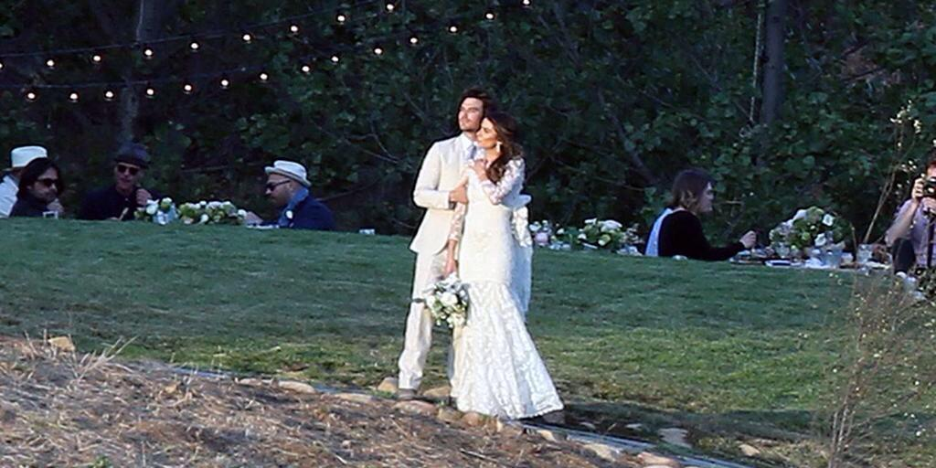 Beautiful shot from @iansomerhalder and @NikkiReed_I_Am 's wedding! Two beautiful people, inside and out! http://t.co/uGARS6QxBu