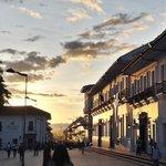 Reflejo del atardecer en el edificio de la Gobernación del Cauca #Sun #Sunset http://t.co/NJaXl1gcUI