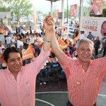 El día de ayer acompañé a nuestro candidato a Presidente Municipal de #Acapulco @Vjorrin en la colonia Zapata. http://t.co/SdYt7Hy0Gu