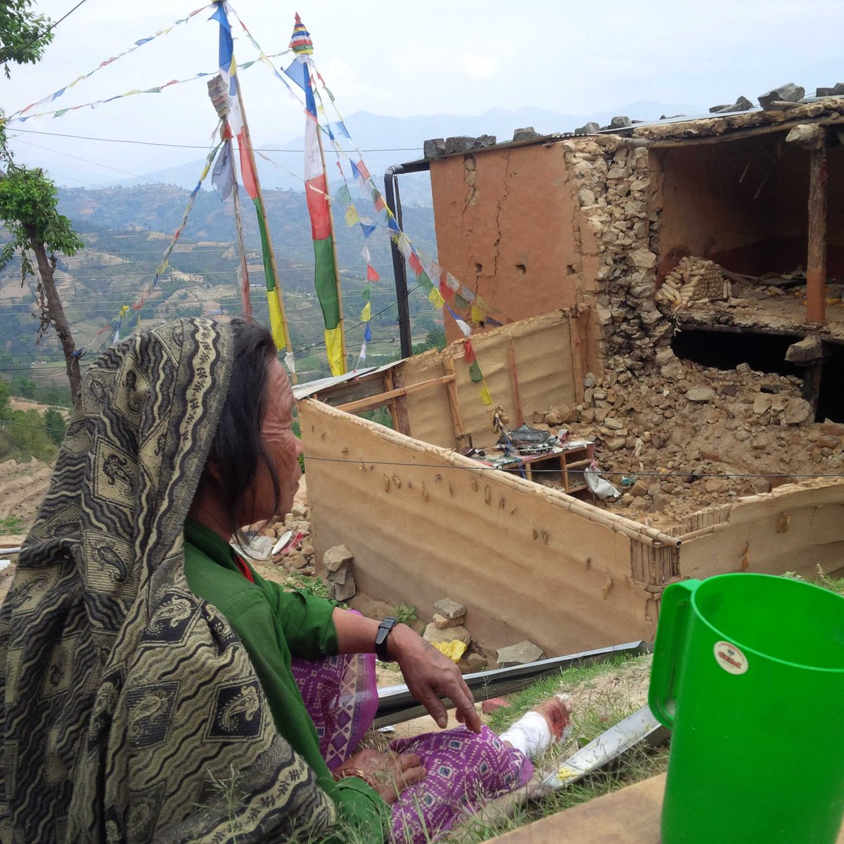 62yro crawled out from under rubble of house she spent her life building. #nepalquake #nepal http://t.co/J0KRvkzFhT