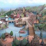 ディズニー「アナ雪」「美女と野獣」の新エリア誕生 http://t.co/XPnQIj5NJM #ディズニー #TDR #モデルプレスディズニー http://t.co/OzRO2Cd7Yj