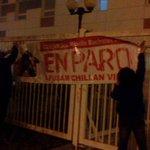 No hay horas hay paro y yo a oscuras pidiendo hora esto no tiene nombre salud #Chilena  como la mierda #Chillan http://t.co/GMwtPoq1Wm