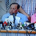 Breaking News>>>BNP withdraws from Dhaka city polls http://t.co/UeEB4Hebbu #DCCPolls2015 #BNP #Boycott #Bangladesh http://t.co/JvHLEsKui0